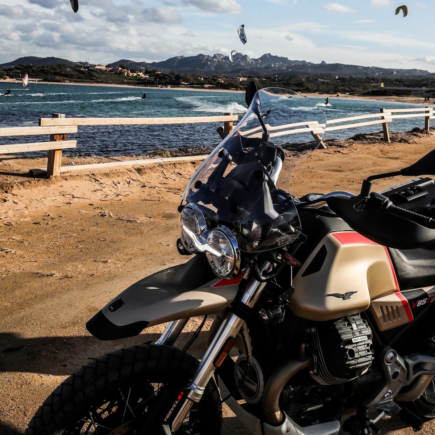moto guzzi V85 TT Travel gallery 2